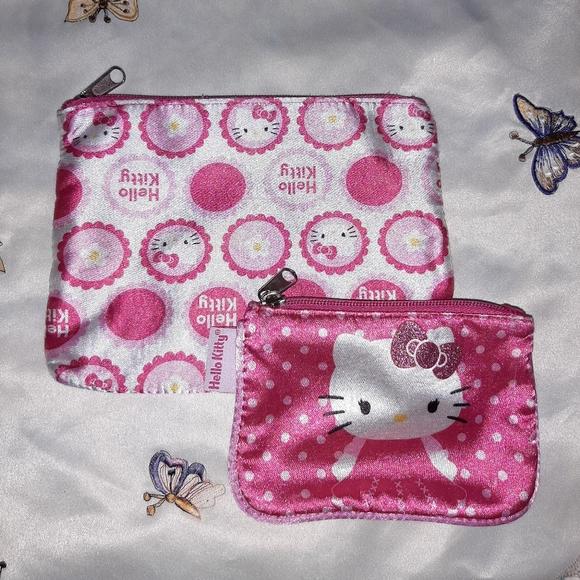 Hello Kitty Handbags - Hello Kitty Cosmetics Bag Set